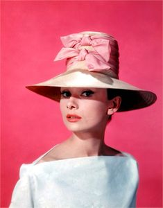 S in Fashion Avenue: Fashion icons: Audrey Hepburn