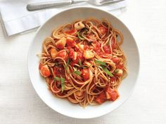 Spaghetti With Spicy Scallop Marinara Sauce Recipe : Food Network Kitchens : Food Network - FoodNetwork.com