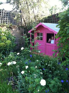 This is the same Wendy house were getting Hudson for his birthday! Painting it nice bluey/white colours Kids Garden Playhouse, Outside Playhouse, Big Garden, Garden Fun, Family Garden, Garden Ideas, Wendy House, Small Buildings, Small Gardens