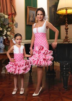 Vestidos de flamenca Frocks For Girls, Little Girl Dresses, Girls Dresses, Flower Girl Dresses, African Dresses For Kids, Latest African Fashion Dresses, Stylish Dresses, Nice Dresses, Baby Dress