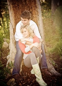 Country Chic Photo Shoot Inspiration - The pair share a quiet moment #country #chic #photoshoot
