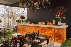 ¡Refresca a tus invitados con una deliciosa limonada!  #matrimoniocompe #matrimonio #noviosperu #novios #boda #catering #limonada #menu #bebidaboda #bar #barboda Bar, Table Decorations, Furniture, Home Decor, Homemade Lemonade, Homemade, Homemade Home Decor, Home Furnishings, Decoration Home