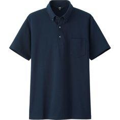 867844598 Es un polo de Uniqlo. Esta hecha de algodón. Es para vestir formales.