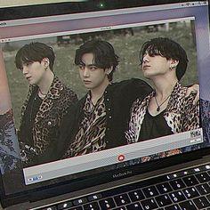 Bts Anime, Kpop Posters, V Bts Wallpaper, Bts Aesthetic Pictures, Bts Chibi, Bts Korea, K Idol, About Bts, Bts Edits