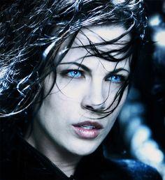 """Kate Beckinsale in """"Underworld""""  Pretty cool badass"""