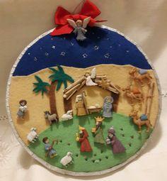 Pesebre de botones Christmas Nativity, Christmas Crafts For Kids, Christmas Cross, Christmas Printables, Christmas Diy, Christmas Bulbs, Christmas Centerpieces, Christmas Decorations, Christmas Patchwork