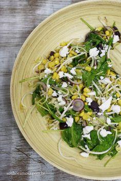 Salada com Queijo Feta | Senhora Mesa! Agora no Blog! www.senhoramesa.com.br