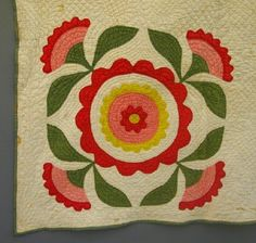 Applique Quilt : Lot 382 a turn of the century American Applique Quilt. floral design in green, red, pink and yellow - 72 x 90 ""