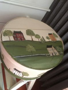 Cheese box Hand Painted Chairs, Painted Wooden Boxes, Painted Furniture, Primitive Painting, Tole Painting, Diy Art Projects, Pintura Country, Country Paintings, Autumn Crafts