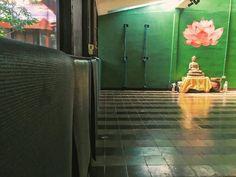 If the celebrations of the holidays are wearing you out come to our humble sanctuary to find some stillness and breath  Yoga classes: Monday-Friday 8 am & 6 pm Saturday 8 am & 930 am Sunday 930 am Si las celebraciones de Semana Santa están demasiado alegre para vos venga a nuestro espacio humilde de quietud a relajarte  Clases de yoga: Lunes-viernes 8 am & 6 pm Los sábados 8 am & 930 pm Los domingos 930 am