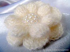 Crochet PATTERN  Crochet Flower Brooch PATTERN  ♡♥ by LyubavaCrochet, $4.00