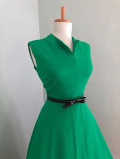 23dc4bbfa084 Vintage 60s Green Sleeveless Sun Dress