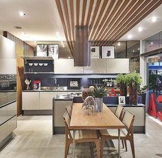 Via Claudia Pimenta!  #decoração #decorando #design #designdeinteriores #decorar #decore #decorei #interiores #luxo #luxuoso #sofisticado #sofisticação #estilo #estiloso #estilosa #arquitetos #designers #casa #ambientes #projeto #ideias #casanova #nossacasa #dicas #inspiração #home #casa #boanoite #cozinha #ideia