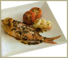 28-3-15: Para aprovechar, al máximo, los omega 3 del pescado azul, es mejor comerlo al horno o cocido. http://consejonutricion.com