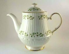 Royal Tara fine bone china ireland | Elegant Fine Bone China Giftware from Ireland in the famous Royal Tara ...