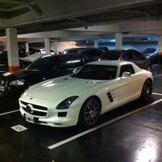 Mercedes SLS AMG White :D