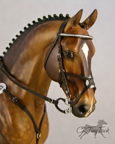 Model Horse Brown English Figure 8 Eight Bridle Close Contact All Purpose