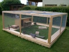Rabbit enclosure ideas Forum by sweetrabbits - made with by worldweb Rabbit Shed, Rabbit Life, House Rabbit, Pet Rabbit, Outdoor Rabbit Run, Outdoor Rabbit Hutch, Tortoise Habitat, Turtle Habitat, Bunny Cages
