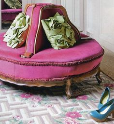 Ottoman chair - cute!