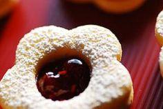 16 Polish Christmas Cookie Recipes: Polish Cat's Eye Sandwich Cookies (Kocie Oczka) Recipe