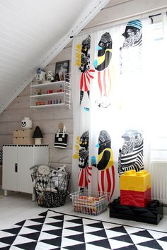 Black and white children´s room marimekko kulkue
