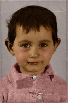 A toddler Anne Frank in early Colored and edited by me. I haven't colored an Anne Frank photo much for a while so here it is. Little Anne Frank Anne Frank, Margot Frank, Old Pictures, Old Photos, Vintage Photos, Marie Curie, James Dean, Steve Jobs, Interesting History
