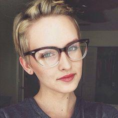 2020 Women Glasses Prescription Eyeglasses Near Me Prescription Safety Glasses Frame Without Lens Big Glasses, Cat Eye Glasses, Glasses Frames, Pin Up, Short Wavy Hair, Short Hair Styles, Eye Makeup, Versace, Fashion Eye Glasses