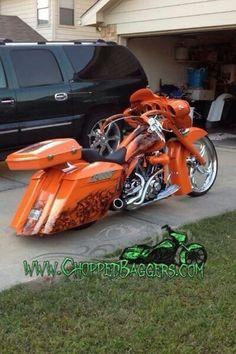 Harley Davidson News – Harley Davidson Bike Pics Harley Bagger, Bagger Motorcycle, Harley Bikes, Custom Baggers, Custom Harleys, Custom Bikes, Custom Cycles, Motorcycle Paint Jobs, Motorcycle Garage