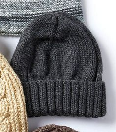 Knit A Men's Basic Hat and Scarf Set--this is a must! knit hat Knit A Men's Basic Hat and Scarf Set Beanie Knitting Patterns Free, Knit Beanie Pattern, Knitting Stitches, Free Knitting, Crochet Patterns, Hat Patterns, Loom Knitting, Mens Knit Beanie, Knit Hat For Men