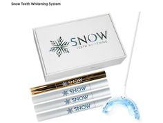 Teeth whitening is the most popular cosmetic dental treatment. Pearly whites are no longer optional, if your looks are something you care about, you better take care of your smile. Home Teeth Whitening Kit, Teeth Whitening Remedies, Charcoal Teeth Whitening, Baby Tooth Decay, Kit S, Tooth Sensitivity, Dental Cosmetics, Led, Cool Photos