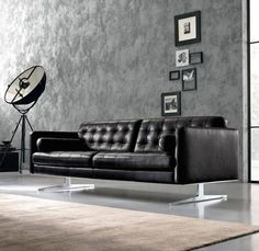 Italian Living Room, Las Vegas, San Francisco, Modern Furniture Stores, Luxury Sofa, Italian Furniture, Upholstered Sofa, Couch, Contemporary