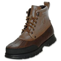 You're ready for anything Mother Nature has up her sleeve with the Polo Ralph Lauren Burson Men's Boots. This durable footwear is designed so you can make the perfect step into fall and winter. These men's boots are stylish yet rugged enough to mee Ralph Lauren Boots, Polo Ralph Lauren, Men's Boots, Shoe Boots, Designer Trainers, Fashion Shoes, Mens Fashion, Outdoor Outfit, Men's Collection