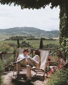 Photo shared by c'est la danse de la vie ☼ on March 2020 tagging Image may contain: one or more people, people sitting, mountain, outdoor and nature via Travel Couple Quotes, Couple Travel, European Summer, Italian Summer, French Summer, Couple Aesthetic, Aesthetic Green, Spring Aesthetic, Flower Aesthetic