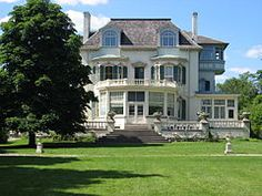 Spadina House Museum and Gardens 2004.jpg