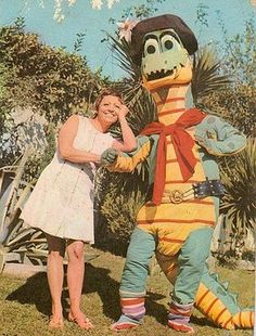 Margarito Terere Nostalgia, Puppets, Tigger, Childhood Memories, Tv Series, Retro Vintage, Disney Characters, Fictional Characters, Batman