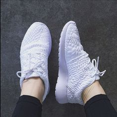 Nike White Roshe One DMB Sneakers •The Nike Roshe One DMB Women's Shoe features a snakeskin embossed upper for a revamped take on an iconic style. Meant to be versatile, it can be worn with or without socks, dressed up or down, for walking or just taking it easy.   •Women's size 5.5, these run a little big, would be better for a 6.   •New in box (no lid).  •NO TRADES/PAYPAL/MERC/HOLDS/NONSENSE. Nike Shoes Sneakers
