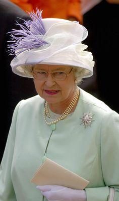 §§º§§  Queen Elizabeth