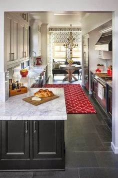 decorology: How to add accents of red into your space