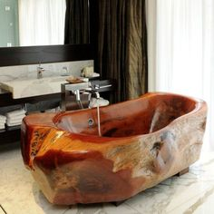 20 of the World's Most Beautiful Hotel Bathtubs