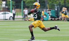 Packers CB Damarious Randall could become star of defense = Green Bay Packers cornerback Damarious Randall is ready to burst onto the scene come 2017-18. In fact, both Randall and the Packers apparently believe that the up-and-coming defensive back is.....