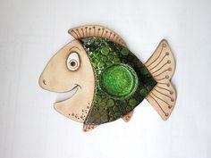 Svícen - Kapřík / Zboží prodejce monikasimi | Fler.cz Clay Fish, Ceramic Fish, Fish Art, Polymer Clay Jewelry, Clay Crafts, Pottery Art, Projects To Try, Brooch, Deco