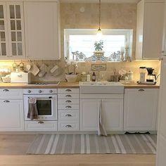 Check out: @levinda ___________________________________________ ▫️◽️◻️🔳🔳◻️◽️▫️ ___________________________________________  #interior #interiordesigner #interiorstyling