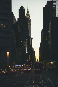 NYC New York City instagram.com/caig #urbanphotography,