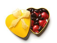 Çikolatanın en bitter hali ateş kırmızısı ambalajları ile çikolataseverlerin beğenisine sunuluyor.  çikolata sepeti, çikolatasepeti, chocolate, özel çikolata,ganaj,turuf, karamel, krokant, krenç, nuga,  mild