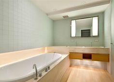 Karl Lagerfeld's bathroom.