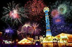 Stuttgard-Cannstatter Wasen: the biggest Swabian festival on the calendar! Every September :)