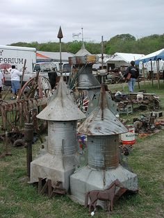 warrenton . tx . antique weekend . by antiqueweekend, via flickr Antique Fairs, Antique Show, Barn Cupola, Round Top Texas, Lightning Rod, Flea Market Style, Architectural Salvage, Vintage Shops, Places To Go