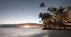 Halekulani, hôtel luxueux sur le bord de plage, est une oasis de calme et d'intimité au milieu de Waikiki.