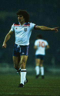 Con la selección nacional absoluta de Inglaterra Keegan debutó en 1972 y jugó su último partido en 1982. Disputó con ella 63 encuentros internacionales, actuando como capitán en 29 de ellos y marcando 21 goles
