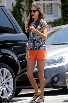 Alessandra Ambrosio wearing Hermes Belt, Dv by Dolce Vita Ayden Slingback Sandal in Black and Wildfox Sun Clubfox Sunglasses in Black and Gold. Short Outfits, Outfits For Teens, Summer Outfits, Alessandra Ambrosio, Star Fashion, Women's Fashion, How To Look Pretty, Dress To Impress, Celebrity Style